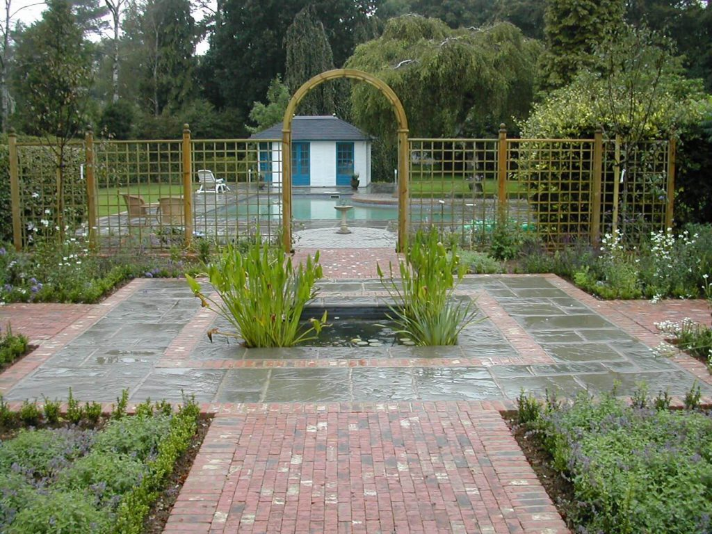 Traditional Garden Design Outdoor Creations - Traditional garden design pictures