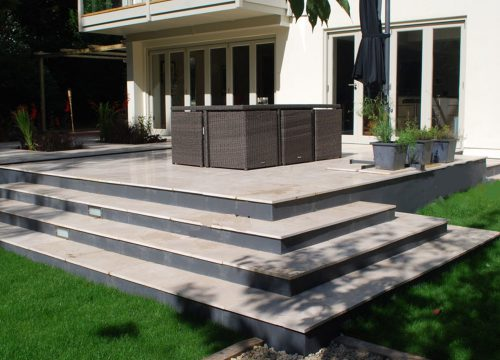 Outdoor Living - Patio with stairs